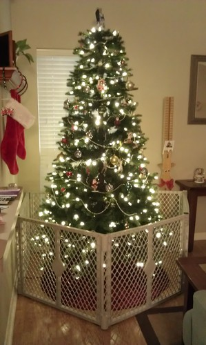 christmas tree gate